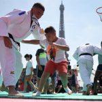 Session de découverte du judo au Trocadéro, vingt-quatre heures avant l'ouverture des Jeux olympiques de Tokyo, le 23 juillet 2021.
